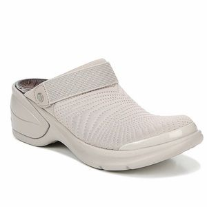 Bzees Kitty Taupe Clogs